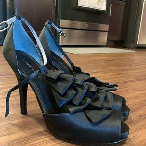 NEW - Audrey Brooke Platform Heels - Black - 10